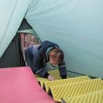 Даша в своей новой палатке