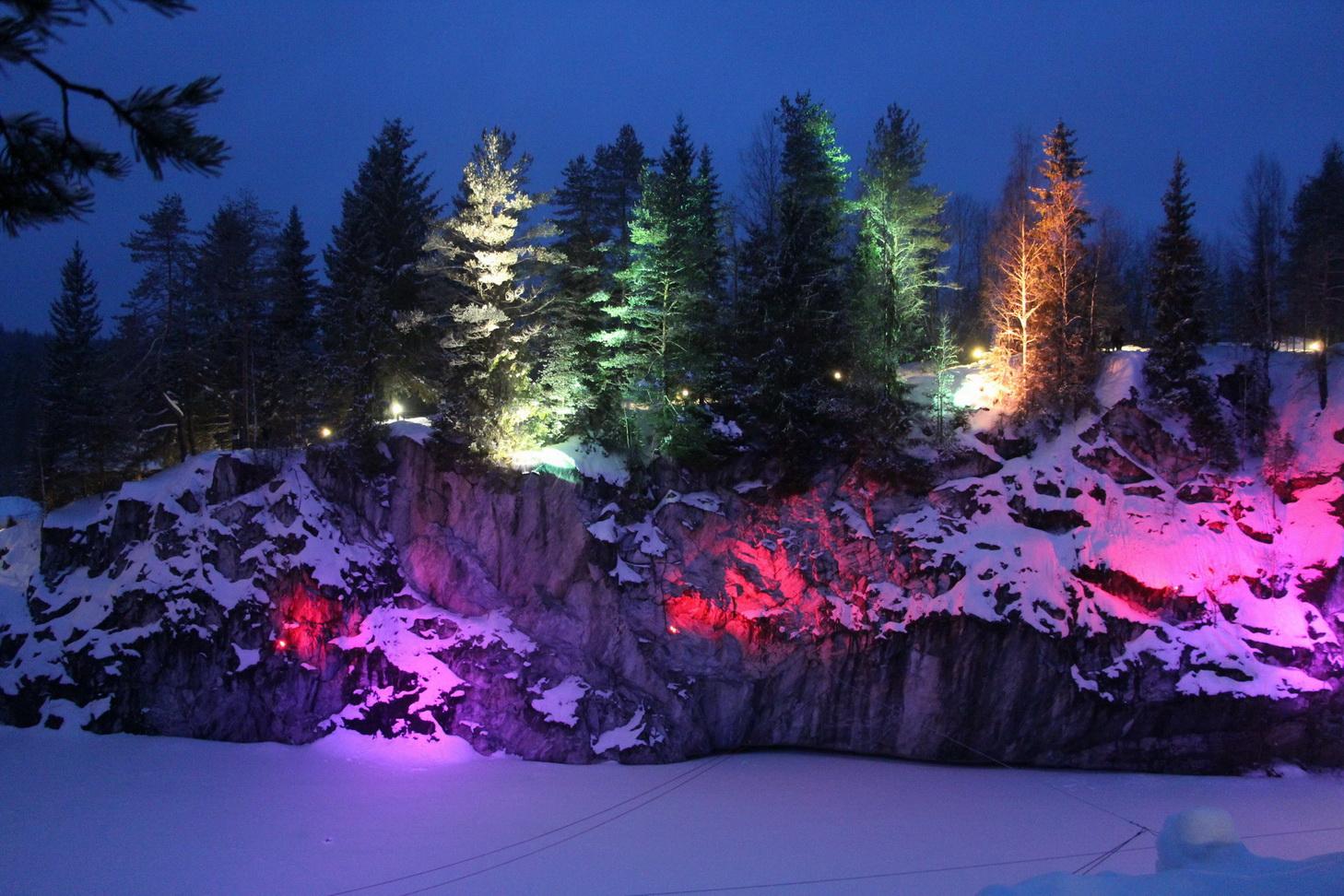 Вечерняя подсветка Мраморного Каньона.