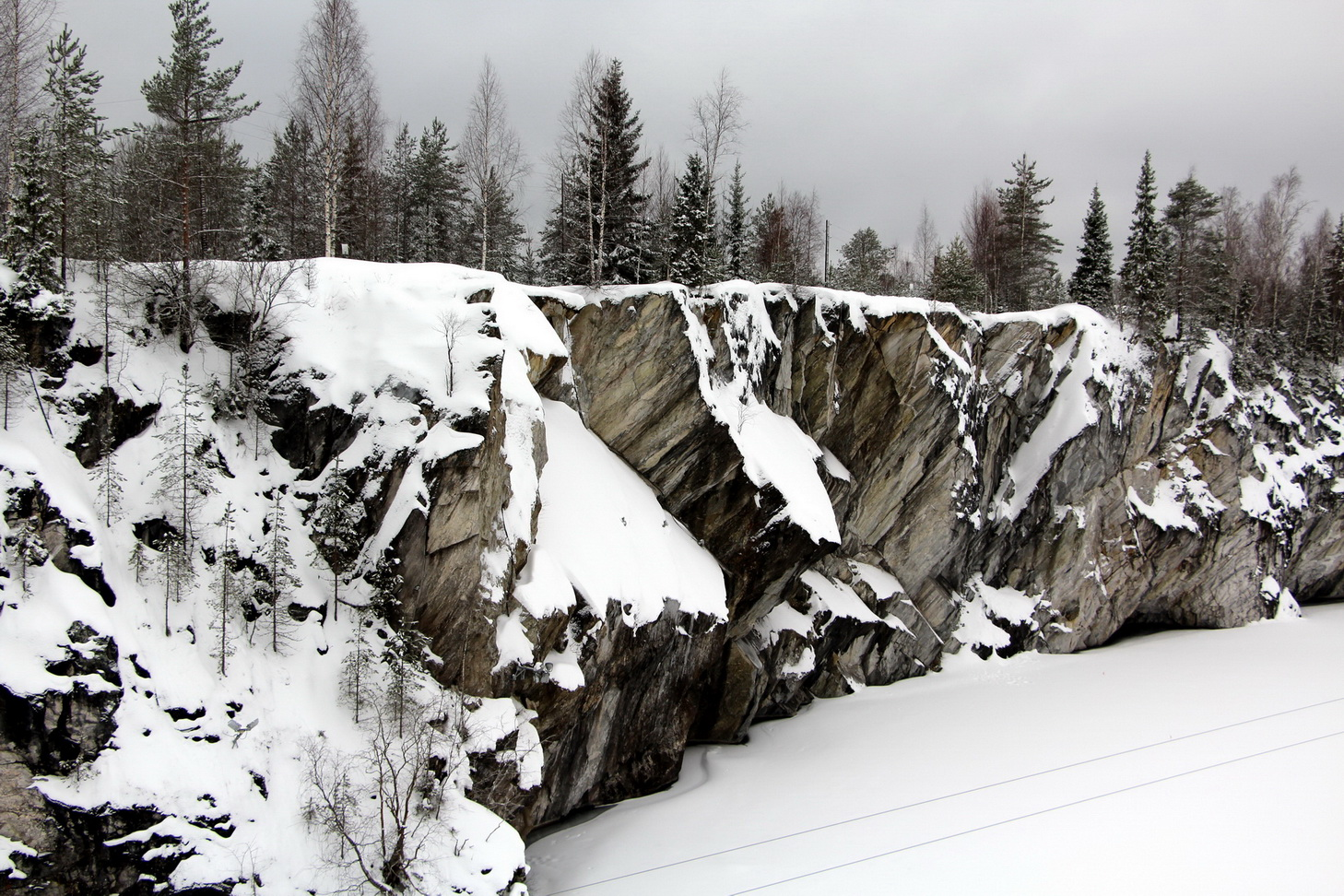 Рускеала, Мраморный каньон зимой.