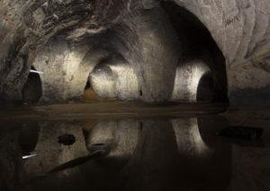 В Корповской пещере.